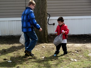 austin and caiden egg hunt