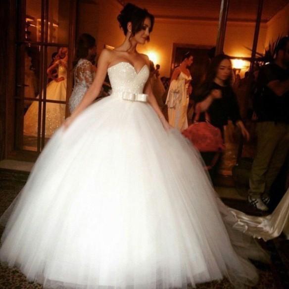 ball-gown-empire-wedding-dresses_1